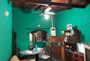 Venta de Chalet 280 m2 en Calle 9 2531 con 5 ambientes por Dueño Directo - Imagen